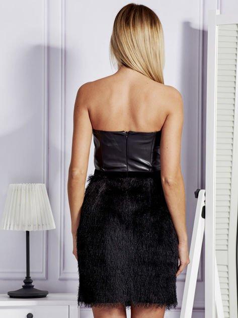 Czarna sukienka z frędzelkami                               zdj.                              2