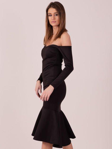 Czarna sukienka z szeroką falbaną na dole                              zdj.                              3