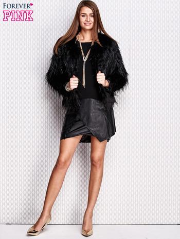 Czarna sukienka ze skórzanym wykończeniem                                  zdj.                                  7