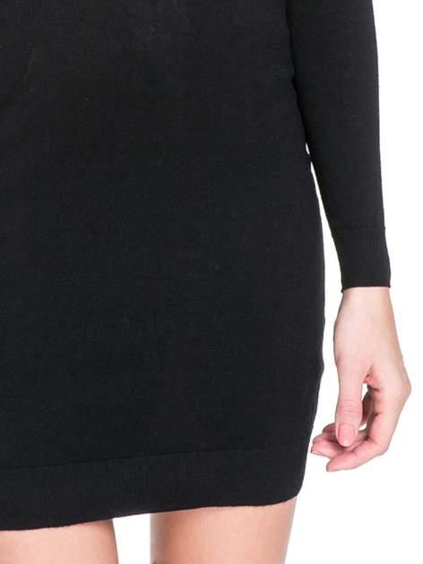 Czarna swetrowa sukienka z golfem                                  zdj.                                  4
