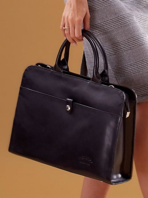 Czarna torba damska ze skóry w miejskim stylu                              zdj.                              2