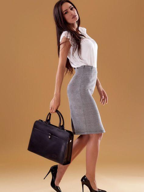 Czarna torba damska ze skóry w miejskim stylu                              zdj.                              3