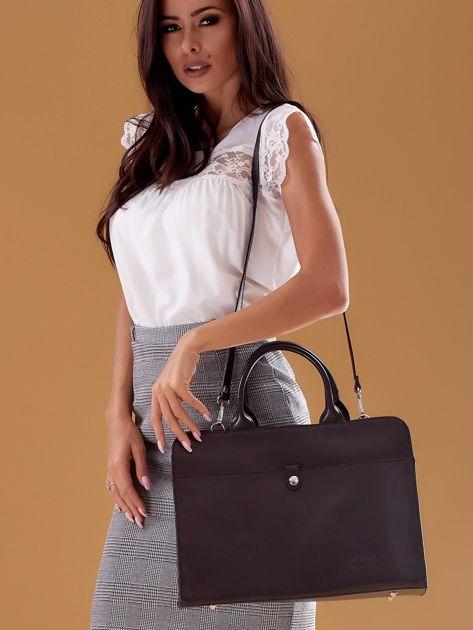 Czarna torba damska ze skóry w miejskim stylu                              zdj.                              7