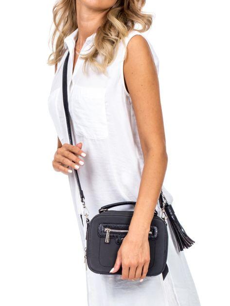 Czarna torba kuferek z motywem skóry węża                              zdj.                              5