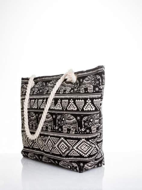Czarna torba plażowa w indyjskie wzory                                  zdj.                                  4