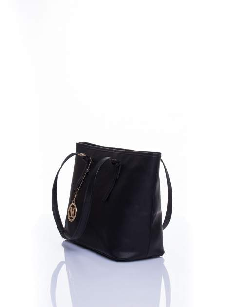 Czarna torba shopper bag z regulowanymi rączkami                                  zdj.                                  4