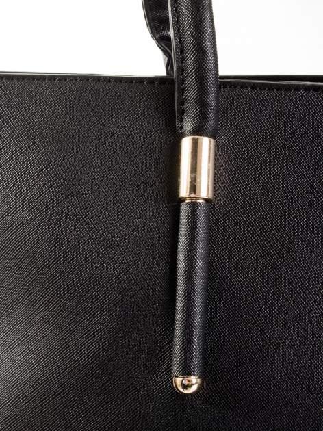 Czarna torba shopper efekt saffiano                                  zdj.                                  6