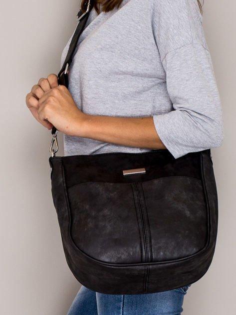 Czarna torba z błyszczącym modułem                                   zdj.                                  4