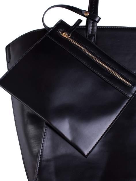 Czarna torba z doczepianą saszetką                                  zdj.                                  5
