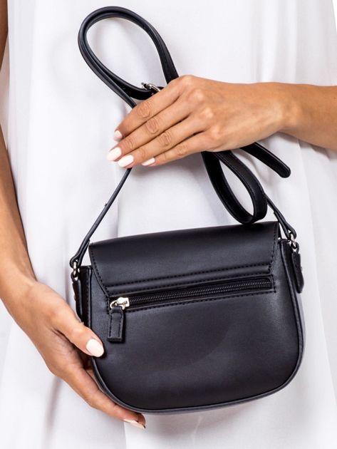 Czarna torebka listonoszka ze skóry ekologicznej                              zdj.                              4