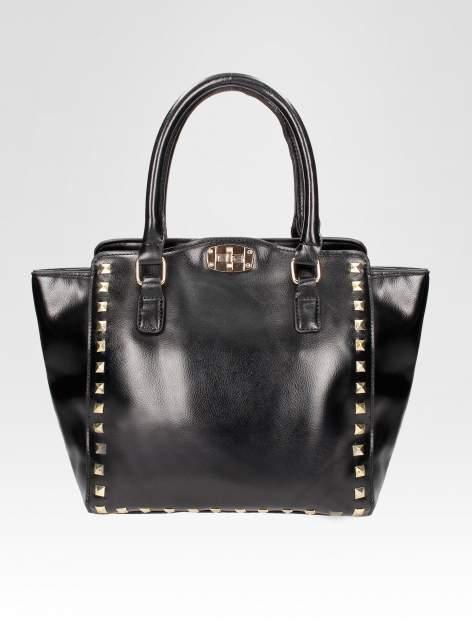 Czarna torebka na ramię z dżetami                                  zdj.                                  5