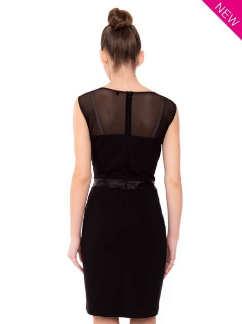 Czarna tulipanowa sukienka z łączonych materiałów                                  zdj.                                  3