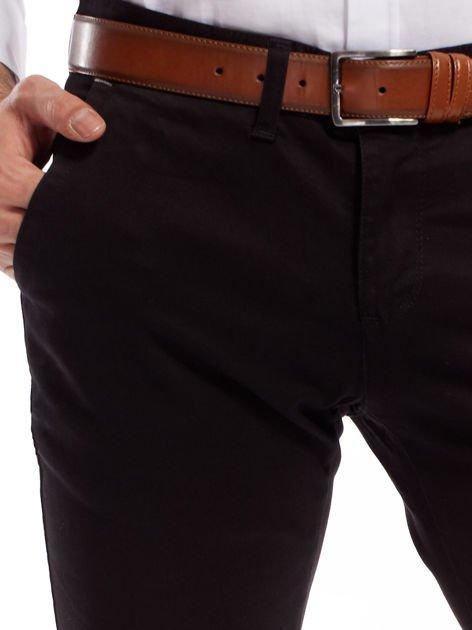 Czarne bawełniane spodnie męskie chinosy                               zdj.                              5