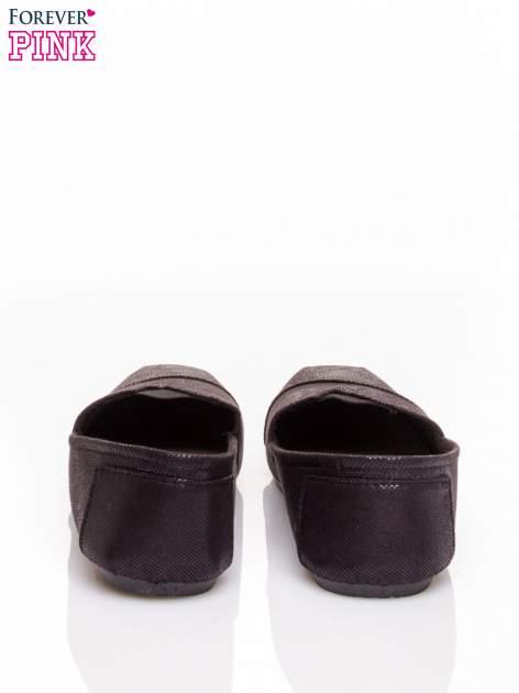 Czarne buty sliponki z efektem skóry jaszczurki Halo                                  zdj.                                  4