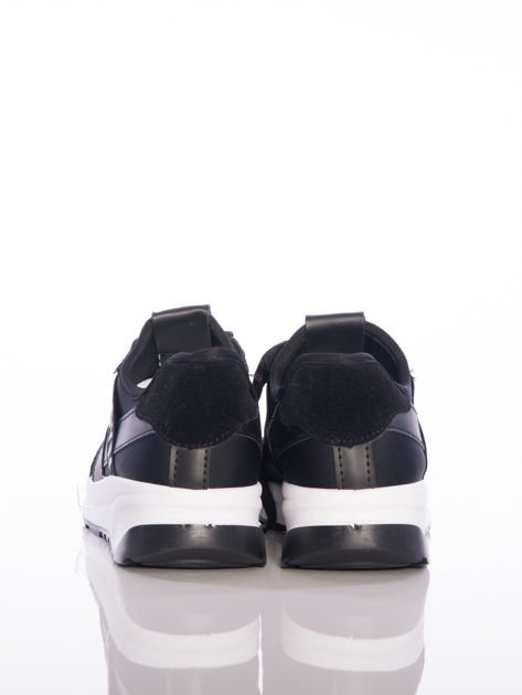 Czarne buty sportowe Rue Paris na sprężystej podeszwie z ozdobnymi napisami                              zdj.                              3