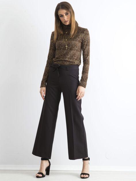 Czarne damskie szerokie spodnie                              zdj.                              4