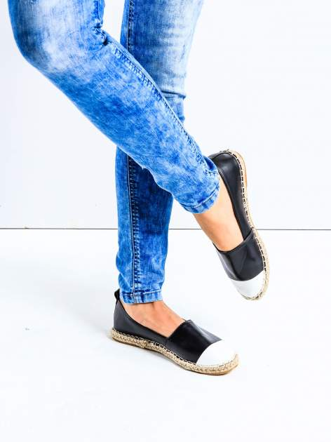 Czarne espadryle faux leather Madeleine two tone                                  zdj.                                  1
