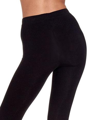 Czarne gładkie legginsy damskie basic                                  zdj.                                  7