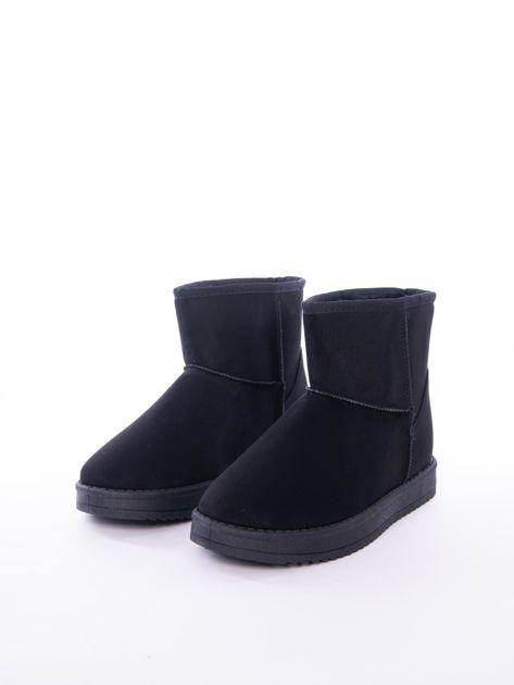 Czarne gładkie śniegowce ocieplane futerkiem                              zdj.                              4