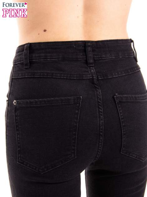 Czarne jeansy rurki z wysokim stanem                                  zdj.                                  6