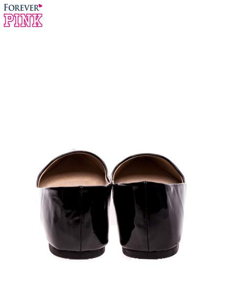 Czarne lakierowane baleriny w szpic                                  zdj.                                  4