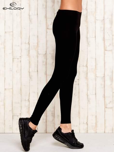 Czarne legginsy sportowe ze szwem                                  zdj.                                  2