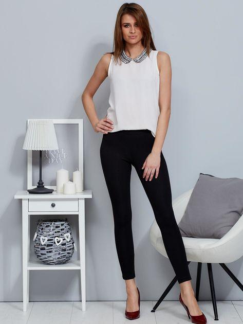 Czarne legginsy z bordowym lampasem                              zdj.                              4