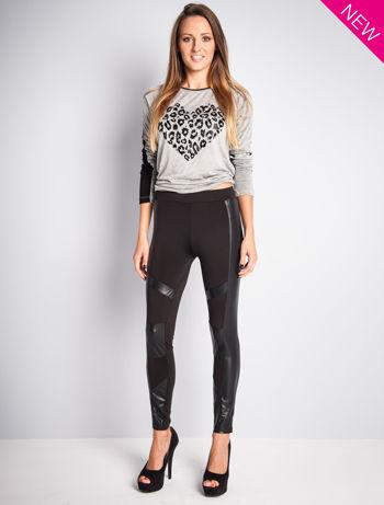 Czarne legginsy ze skórzanymi przeszyciami                                  zdj.                                  2