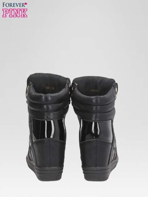 Czarne metaliczne sneakersy damskie na koturnie                                  zdj.                                  3