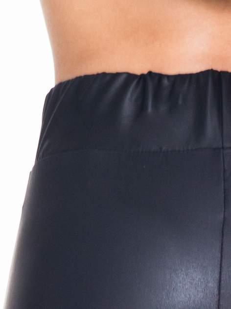 Czarne modelujące skórzane legginsy                                  zdj.                                  6