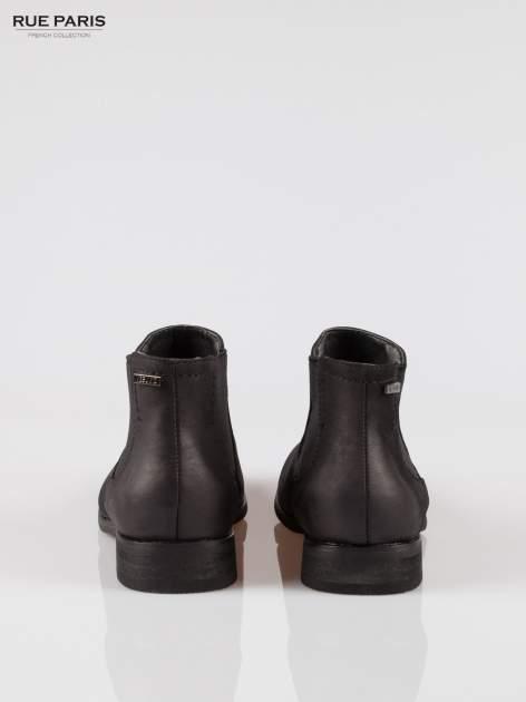Czarne niskie botki damskie z gumą po bokach                                  zdj.                                  3