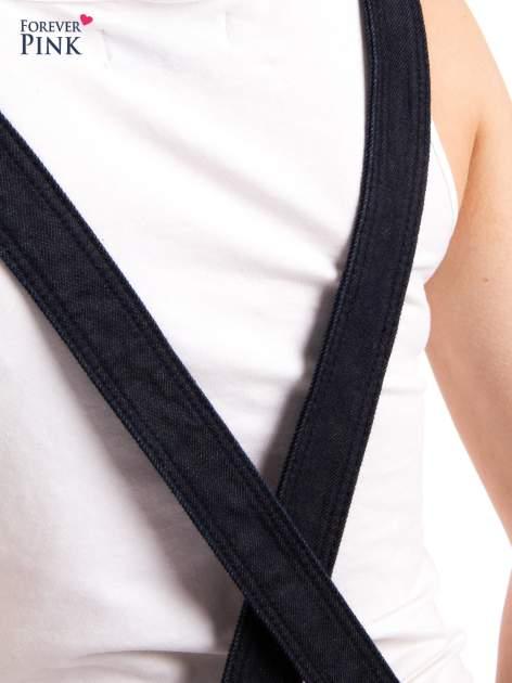 Czarne ogrodniczki jeansowe z kieszeniami                                  zdj.                                  11