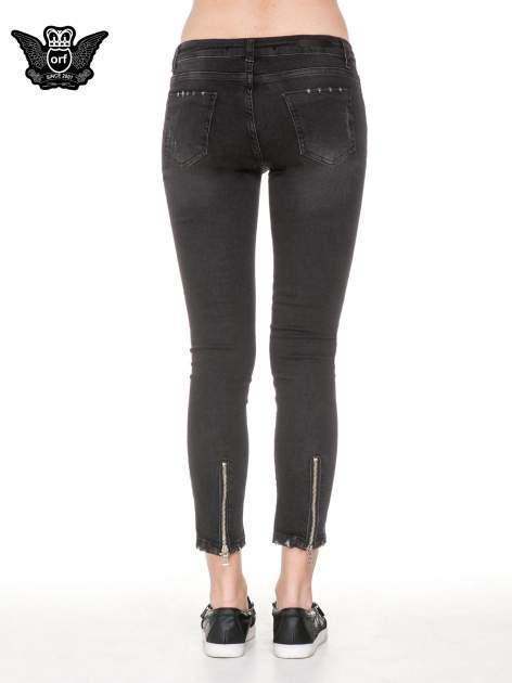 Czarne rozjaśniane spodnie jeansowe 7/8 z przetarciami                                  zdj.                                  6