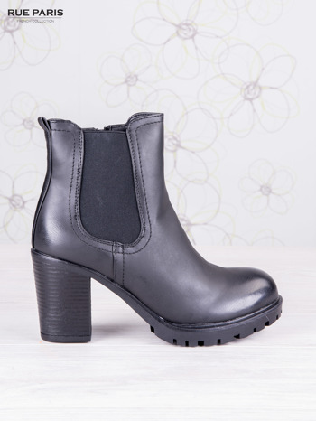 Czarne skórzane botki faux leather na słupku zapinane na suwak                                  zdj.                                  1