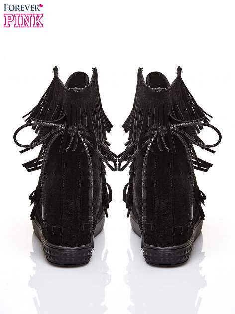 Czarne sneakersy damskie z frędzlami                                  zdj.                                  3