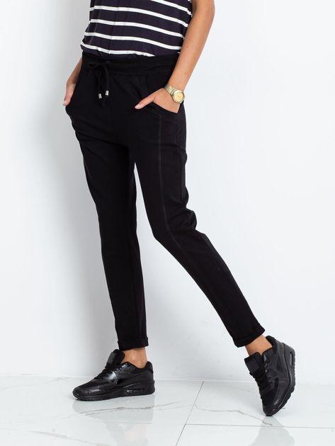 Czarne spodnie Approachable                              zdj.                              3