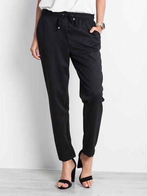 Czarne spodnie Courtesy