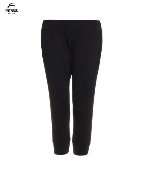 Czarne spodnie dresowe typu capri długości 3/4                                  zdj.                                  4