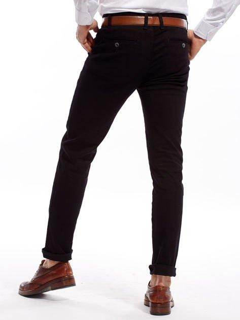Czarne spodnie męskie chinosy o prostym kroju                              zdj.                              2