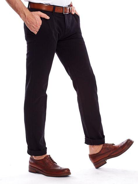 Czarne spodnie męskie regular                               zdj.                              3