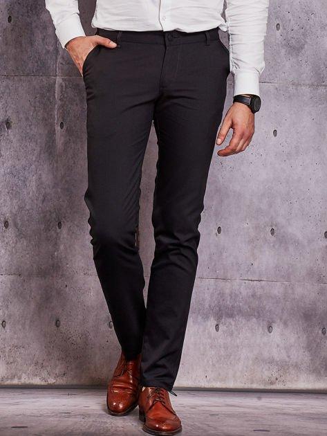 Czarne spodnie męskie w delikatny wzór                              zdj.                              1