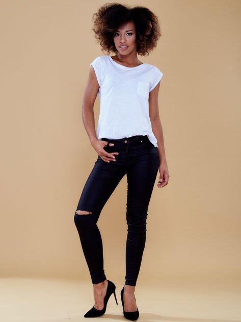 Czarne spodnie skinny z dziurami                              zdj.                              4