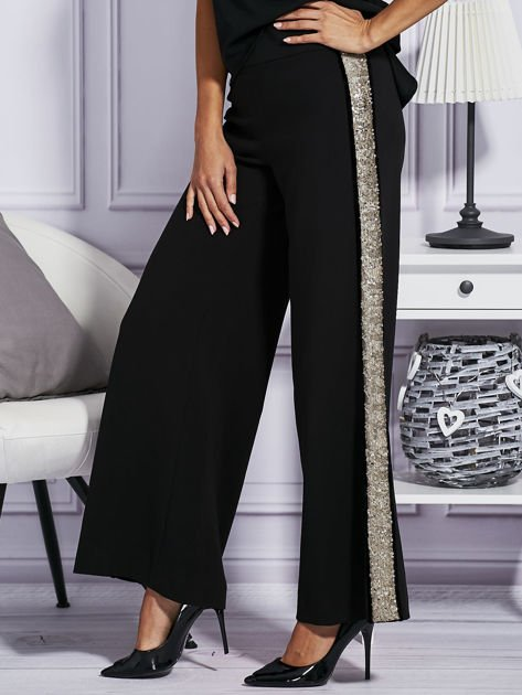 Czarne spodnie z cekinowym lampasem                                  zdj.                                  3