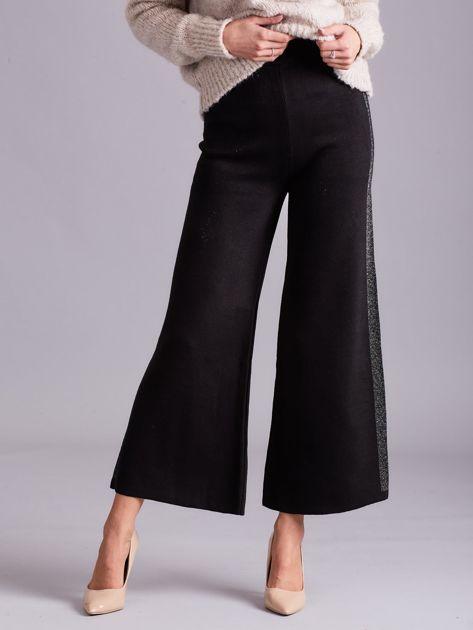 Czarne szerokie spodnie z dzianiny                              zdj.                              1