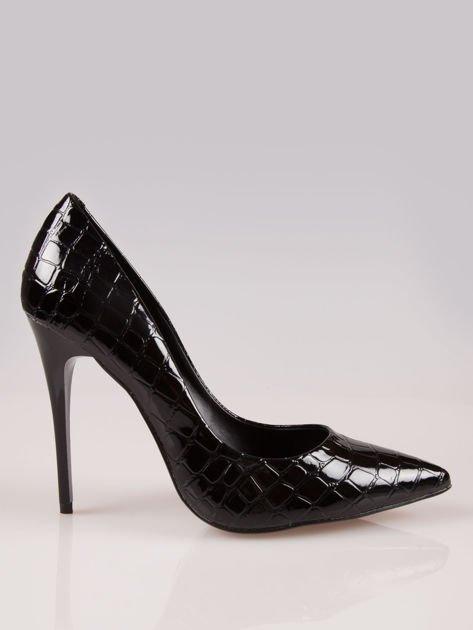 Czarne szpilki w szpic z efektem skóry krokodyla