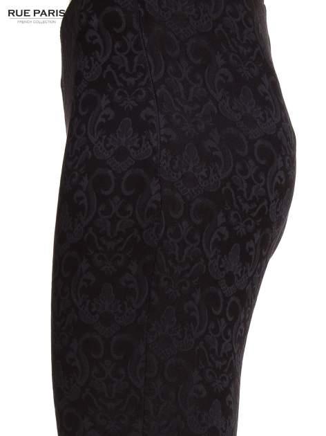 Czarne żakardowe spodnie w orientalny wzór                                  zdj.                                  3