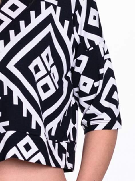 Czarno-biała bluzka cropped w azteckie wzory                                  zdj.                                  5