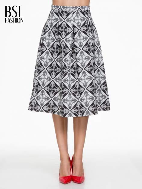 Czarno-biała rozkloszowana spódnica midi w ornamentowy wzór II                                  zdj.                                  1