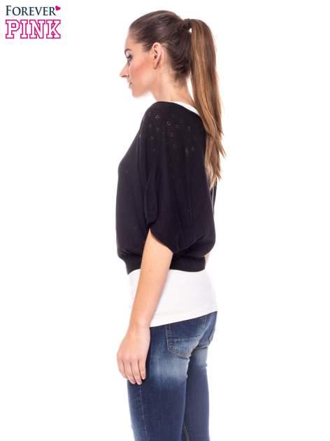 Czarny ażurowy sweterek z krótkim rękawem                                  zdj.                                  3