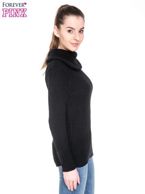 Czarny ciepły sweter z golfowym kołnierzem                                  zdj.                                  3